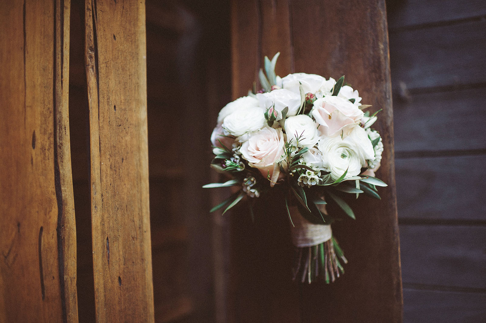 bouquet wedding photograph