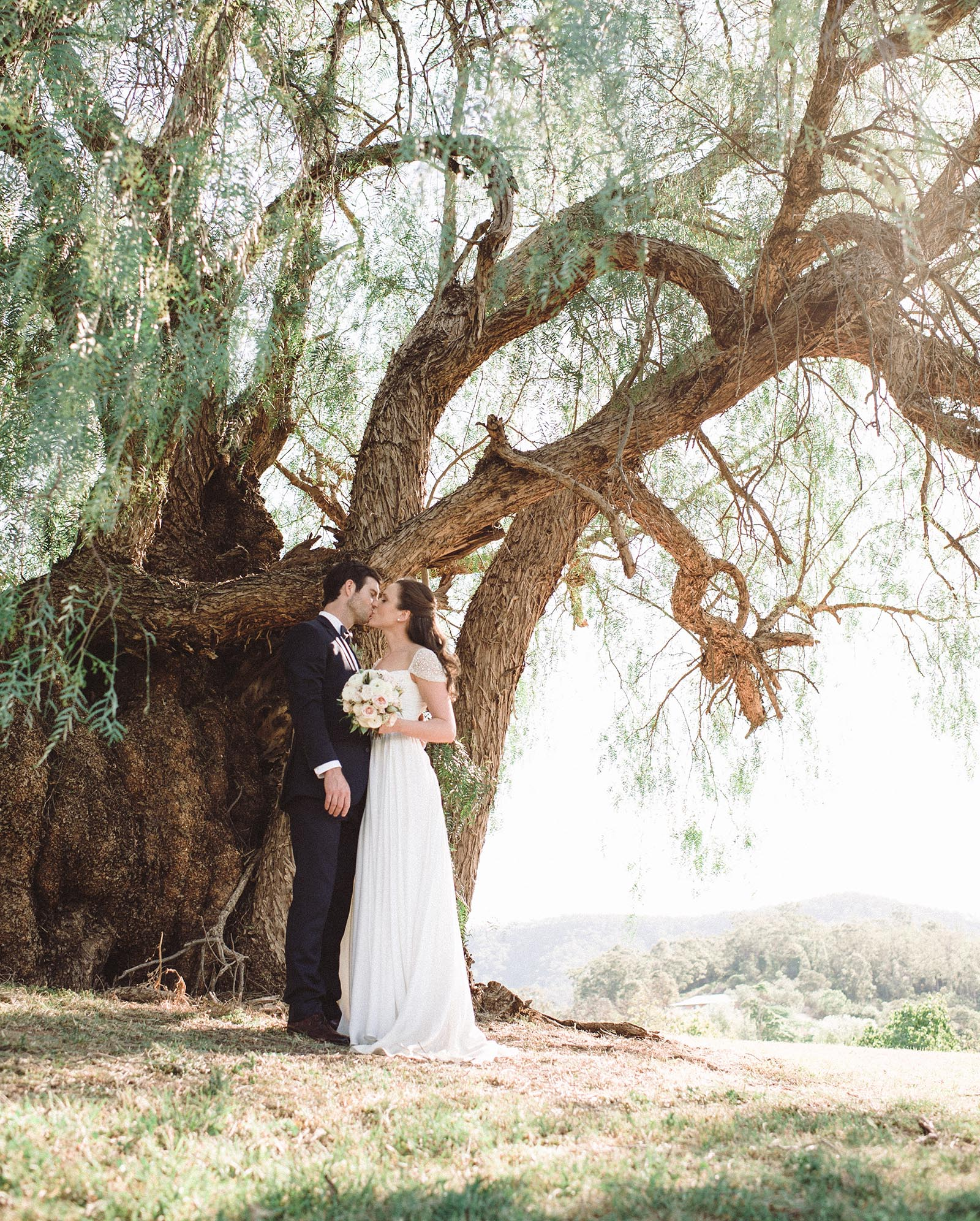 couple wedding photo hunter valley
